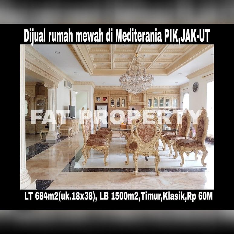 Dijual rumah mewah gaya klasik di boulevard Mediterania Resort PIK.