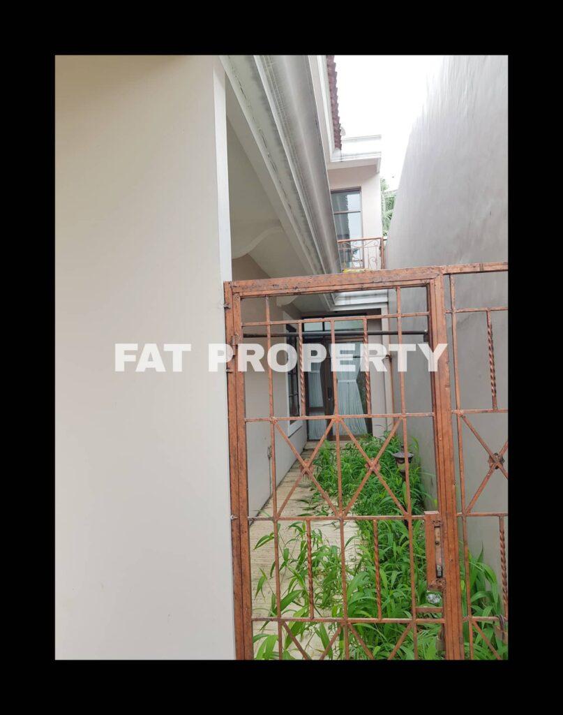 Dijual rumah di Jl.Danau Medara,Taman Beverly Golf,Lippo Karawaci.