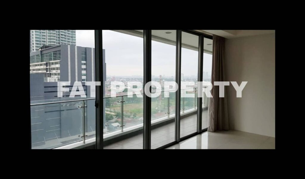 Dijual Apartment ST MORITZ Tower Ambasador, tower paling strategis di tengah2 mal.