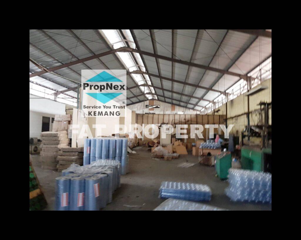 Dijual pabrik plastik di Jl Industry Raya,Bunder,Cikupa,Tangerang.
