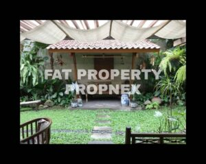 Dijual rumah asri di Permata Hijau Blok Q,Jakarta Selatan.