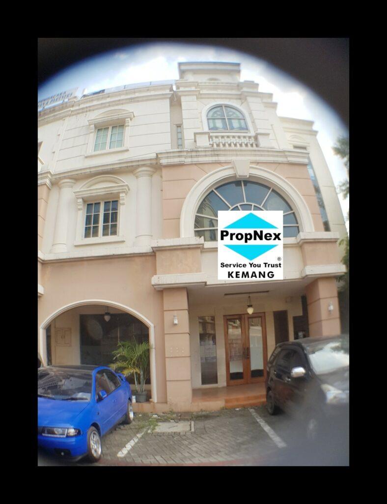 Dijual ruko gandeng di Komplek Rukan Tendean Square,Jl Kapt.Tendean,Jakarta Selatan.
