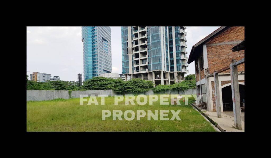 Dijual lahan komersil di Jl Gatot Subroto,Kuningan Barat,Jakarta.