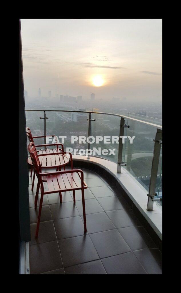 Disewakan Apartment ST MORITZ Tower Ambasador, tower paling strategis di tengah2 mal.
