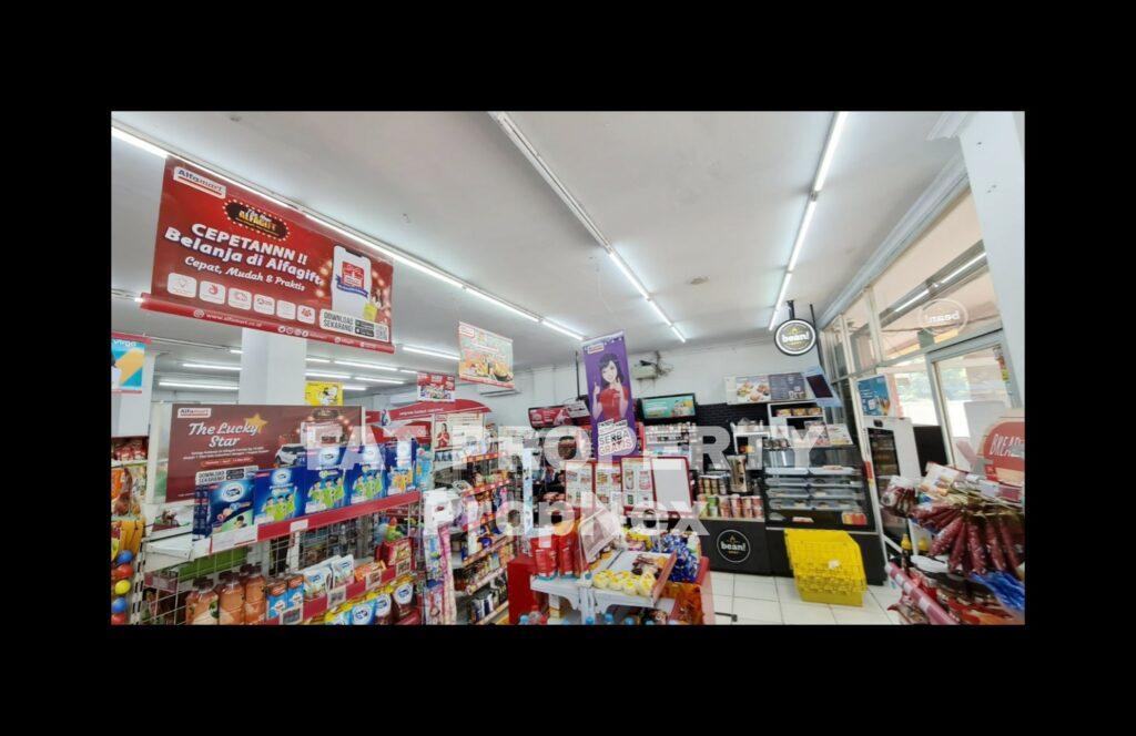 Dijual ruko gandeng yang sedang tersewa oleh Alfamart:Ruko Mutiara Gading Timur 1,alamat Perum MGT Blok R 05 No. 16 dan 17 Kel. Mustika Jaya, Kec. Mustika Jaya, Kota Bekasi