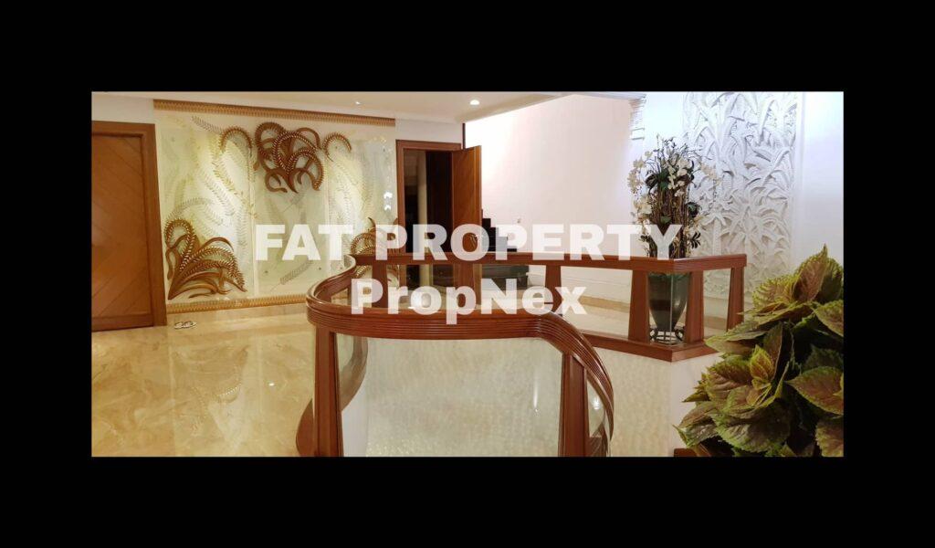 Dijual rumah mewah di Puri Indah Blok L,the best block in Puri Indah,Jakarta Barat.
